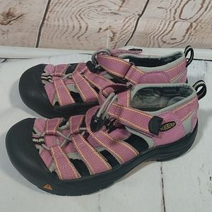 Keen Sandals Style 1207 Pink Kids Size 3
